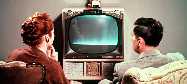 Couple-watching-1950s-style-television-Supplied-5908832